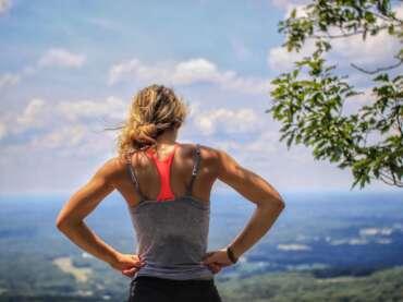 Mejores ejercicios y deportes para evitar la flacidez de tus brazos y piernas