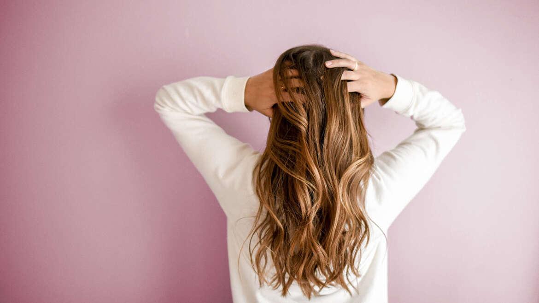 Cómo solucionar la caída del cabello